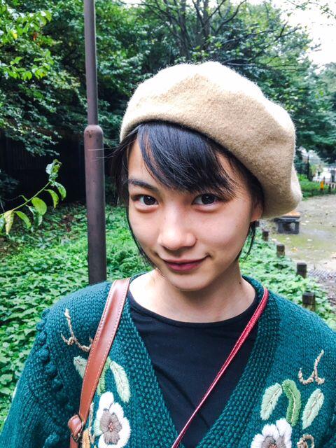 NONTITLE : 能年玲奈オフィシャルブログ 緑の中で。 より 2015年10月17日 19:32更新