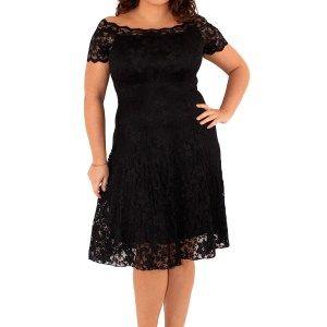 curvy plus size black lace off the shoulder dress - fashion - style - trendy - purple reign