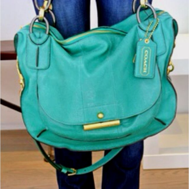 I feel like this purse is begging to come home w me & probably spend quality time w me everyday: Coach Bags, Coach Handbags, Style, Teal Coach, Coach Purses, Color, Turquoise Coach, Coach Fan, Coaches