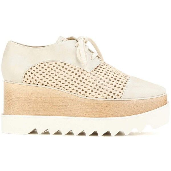 Stella McCartney Wicker Elyse Platform Derby Shoes (€790) ❤ liked on Polyvore featuring shoes, oxfords, stella mccartney shoes, cream shoes, platform oxfords, platform shoes and stella mccartney
