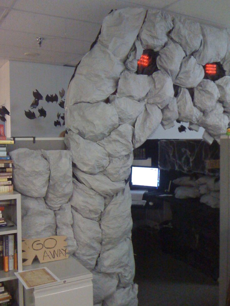 halloween ideas for the office. best office ever giant skull with glowing red eyes and bats love the sign halloween ideas for b