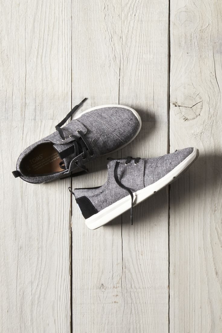 TOMS Black Slub Chambray Women's Del Rey Sneakers with a lightweight molded midsole.