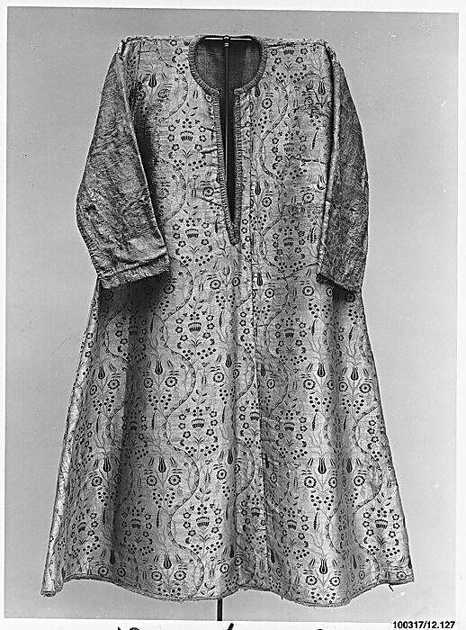 Coat - late 16th century Turkey, Bursa Silk, metal