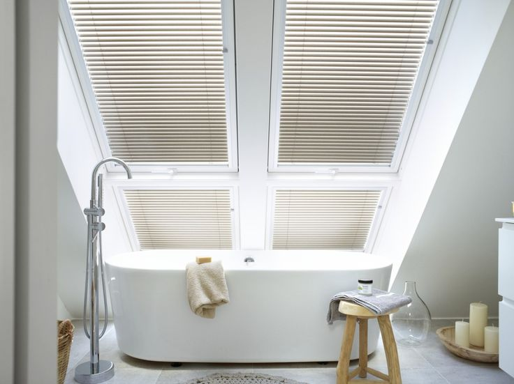 12 best Bathrooms images on Pinterest Roof window, Flat roof and - tageslichtlampe f r badezimmer