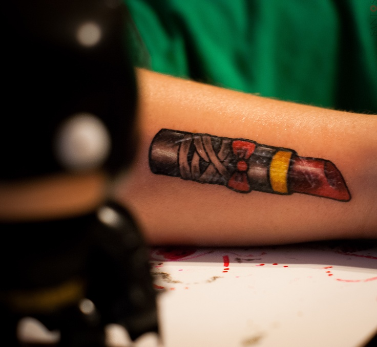 I love this one too cus of the bow eeeeek lipstick for Love lipstick tattoo