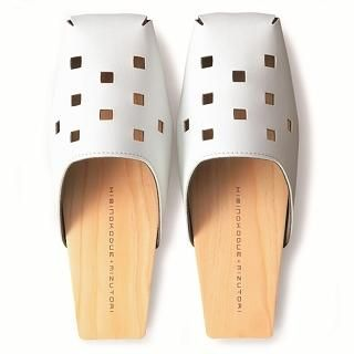 Picture of Mizutori Square-Toed Wooden Sandals 1004546660 (Sandals, Mizutori Shoes, Japan Shoes, Womens Shoes, Womens Sandals)