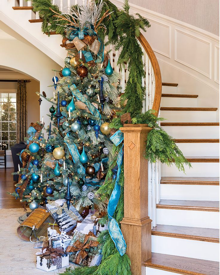 25 Best Ideas About Outdoor Christmas Trees On Pinterest: Best 25+ Outdoor Christmas Planters Ideas On Pinterest