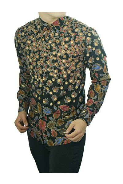 Memilih Kemeja Batik Pria Modern