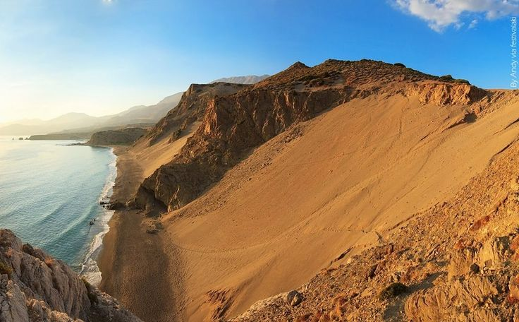 The sand dunes of Agios Pavlos. Who's walked up this one?