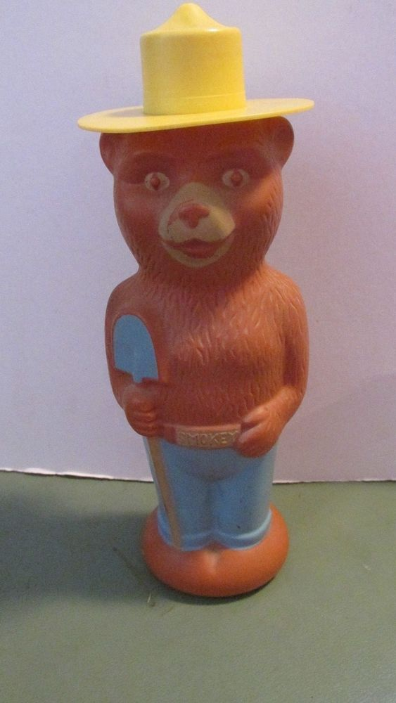 SMOKEY THE BEAR TOY FIGURE - VINTAGE PLASTIC SOAKY BY COLGATE-PALMOLIVE COMPANY