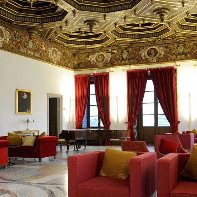 Ballroom number one, palazzo on lake Como, Italy    #luxuryhouse#luxurylife#luxuryliving#luxurytravel#luxurystyle#luxurydesign#luxuryhome#luxuryproperty#luxuryvilla#thegoodlife#luxury#traveler#travel#privatevilla#chateaux#castles#Rich#boss#lake#Como#lakeComo#Italy#palazzo