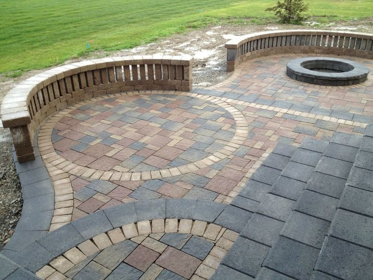 Patio: Brick Paver Compound Looks Very Neat And Clean From Paver Patio  Designs   Major