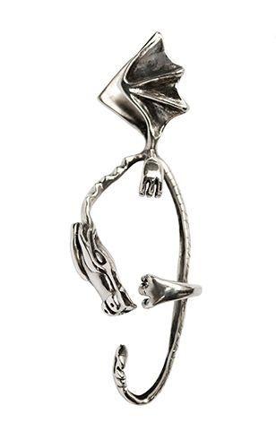 TYYNI HELLE egyedi ezüst sárkányos fülbevaló. Ha saját egyéni ötletedet szeretnéd elkészíttetni -ékszer :gyűrű, medál, fülbevaló, karkötő- keress meg bátran. Érdeklődés vagy rendelés: tyynihelle@gmail.com,  www.szilasjudit.hu , 06-20-217-59-65
