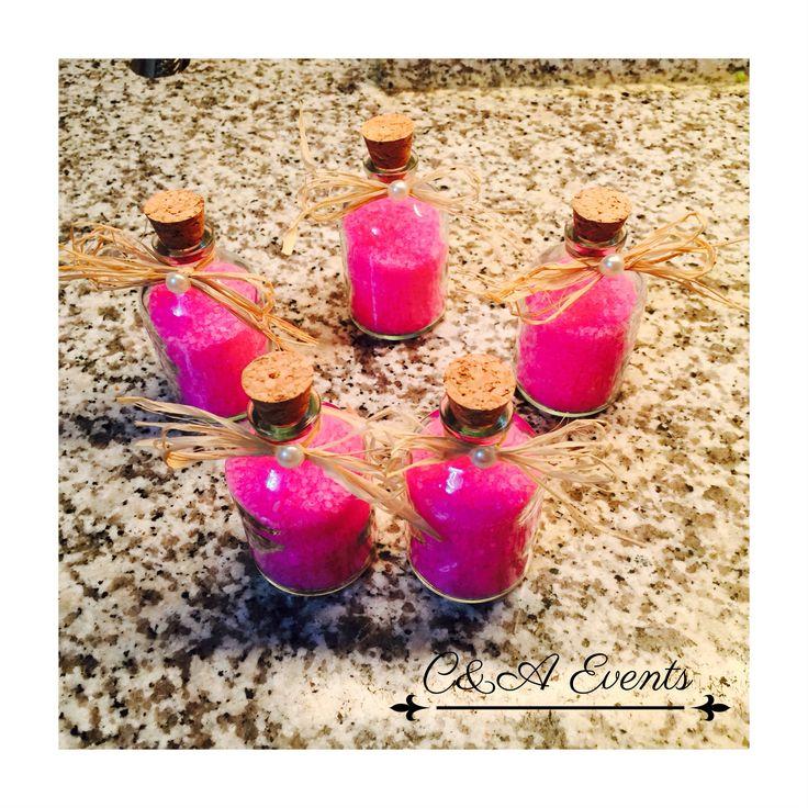 Minik şişelerde banyo tuzları