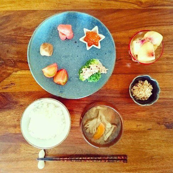 女優木村文乃のインスタが話題!#ふみ飯が完璧すぎる!  ドラマやCMで人気の木村文乃さん。彼女のInstagramに公開される彼女の手料理(=#ふみ飯)が見た目も栄養バランスも完璧すぎると話題になっています。木村さんの素敵な食卓を大公開しちゃいます♡
