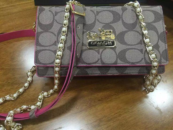 Porte-feuille sac à main cuir pochette Coach de luxe pour iPhone/smartphone acheter sur lelinker.fr 26 €