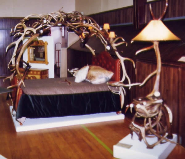 Antler Bed Frame And Lamp Feels Like Home Pinterest