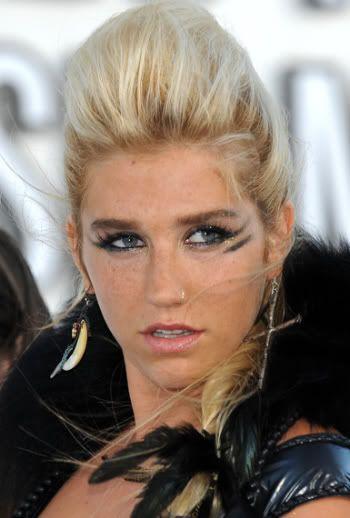 Ke$ha #celebrities #celebrityhair #celebritymakeup