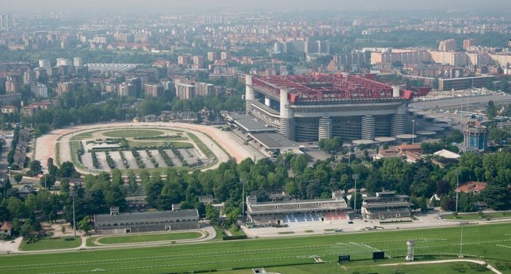 MILAN  - district  SAN SIRO  VIEW  STADION - HIPPODROME