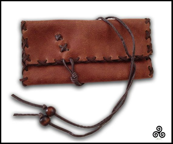 Antique look leather tobacco pouch