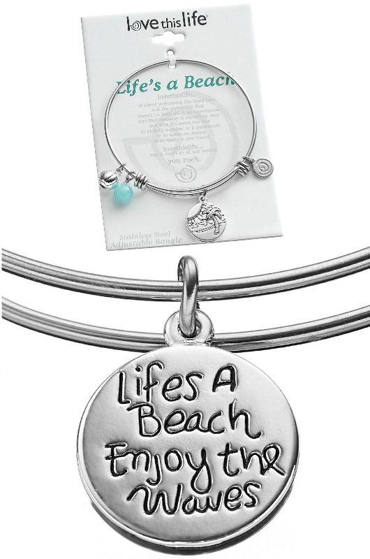 Life's a Beach Charm Bracelet: http://www.beachblissdesigns.com/2016/09/lifes-a-beach-charm-bracelet.html