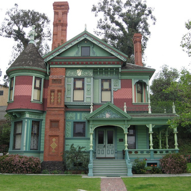 Love The Old Painted Lady Colors Places Spaces Pinterest - How-to-paint-a-victorian-style-home