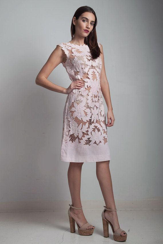 1950s Vintage Lace Eyelet Embroidered Sheath Dress Pink