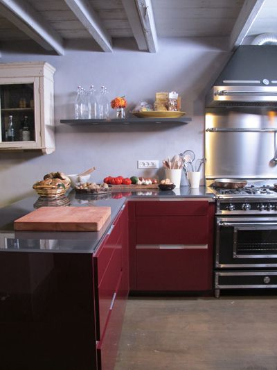 Brian Boitano: a modern kitchen to highlight his rustic Italian villa His is a little fancier but it is a Bertazonni.