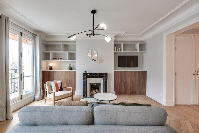 17 meilleures id es propos de tables basses avec miroir sur pinterest meubles de miroir. Black Bedroom Furniture Sets. Home Design Ideas