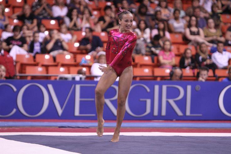 Amelia Hundley Committs to the University of Florida | News | Gymnastike
