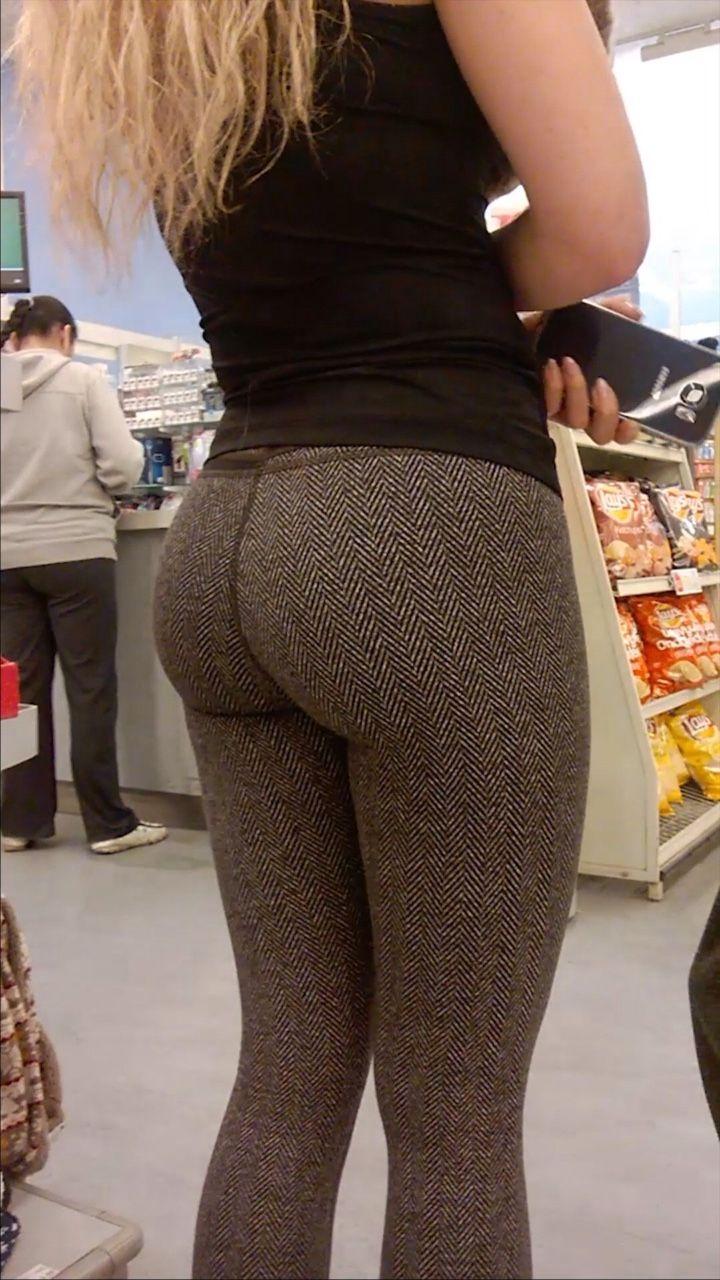 girls in tight leggings fucked