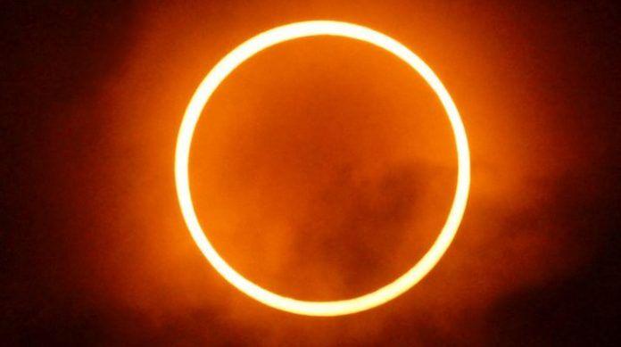 Gerhana Matahari Cincin di Jepang