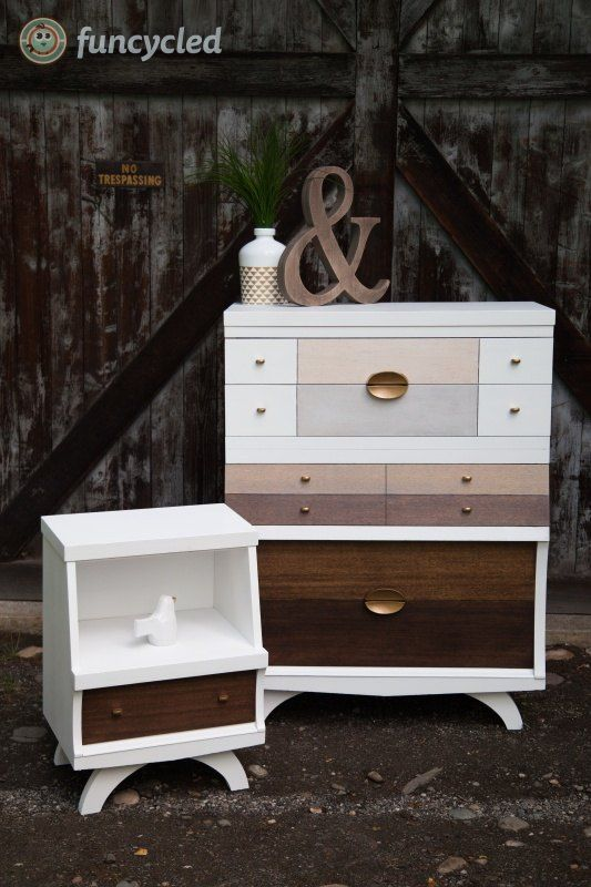 A Mid Century Modern Bedroom Set Makeover Stunning! Paint & stain. http://funcycled.com/projects/mid-century-dresser-set-makeover-tuesdays-treasures