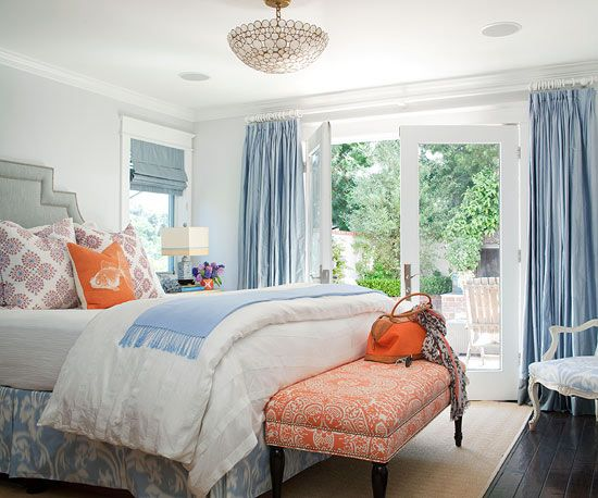 How to pull a room together. Love this blue + coral theme