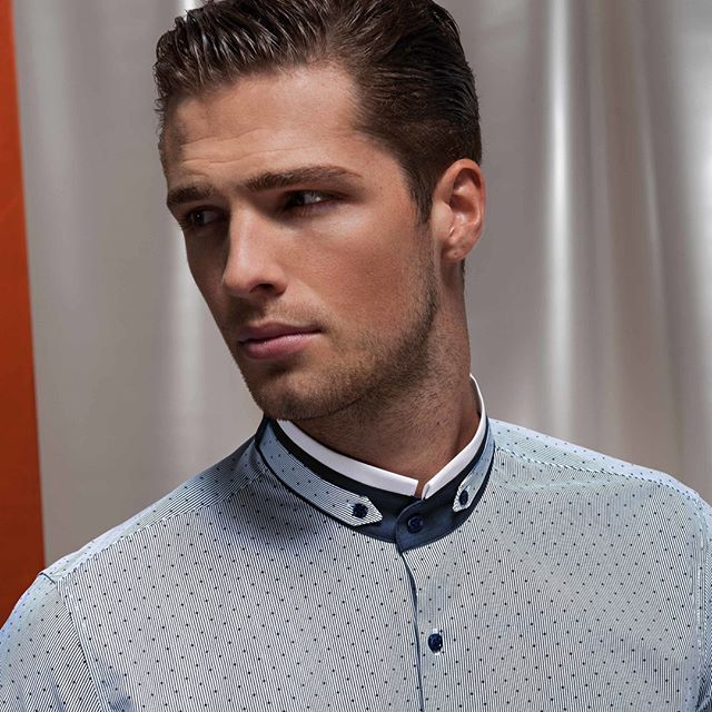Gentleman. #NaraCamicie #Nara #shirt #blouse #fall #autumn #winter #collection #fw1516 #fw15 #black #fashion #instafashion #trendy #cool #glam #glamour #style #stylish #vsco #vscocam #vscostyle #strikeapose #man #guy #men #italy #gentleman #camicia #collar