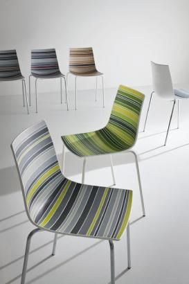 Bright colors and pastel shades combine as multicolored decorations that look like paintings. Gradations of grey, green, brown express the true colors of nature. The revolutionary 'Colorfive' collection of Stefano Sandonà. Colorfive matches perfectly any indoor and outdoor environment. Infinite design possibilities.