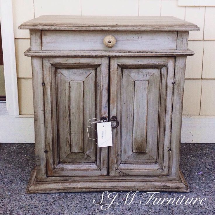 Best 25 Grey Distressed Furniture Ideas Only On Pinterest Refinished Furniture Grey Stain