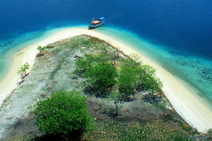 Großen Sundainseln im Indonesien Reiseführer http://www.abenteurer.net/1831-indonesien-reisefuehrer/