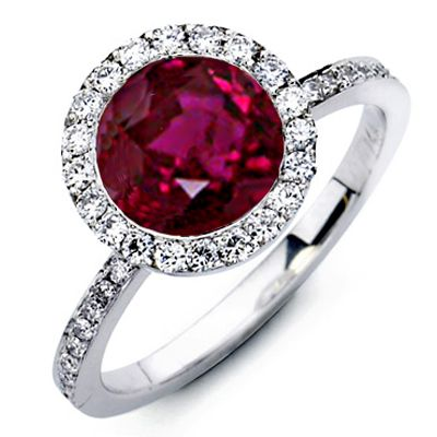 round ruby ring. Love the deep colour of this ruby. Maybe a bit big though?