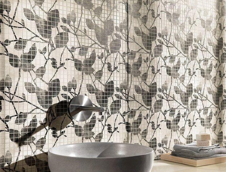 Maku è la nuova collezione di pavimenti e rivestimenti in gres porcellanato e pasta bianca di Fap ceramiche che s'ispira al fascino della pietra naturale dai toni morbidi e caldi
