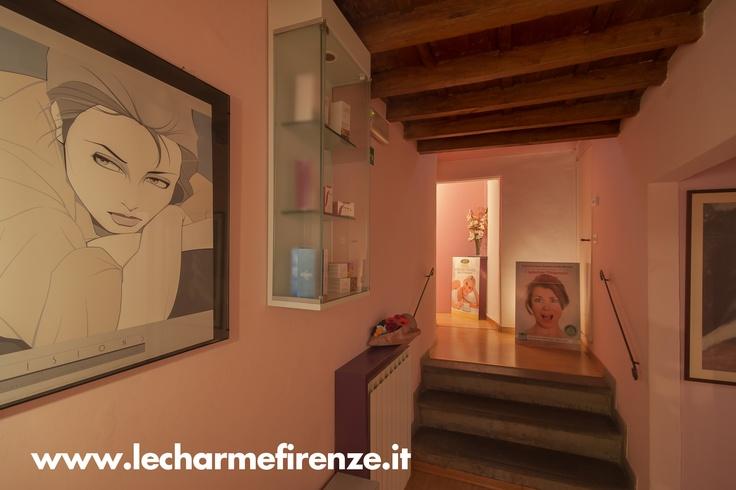 www.lecharmefirenze.it
