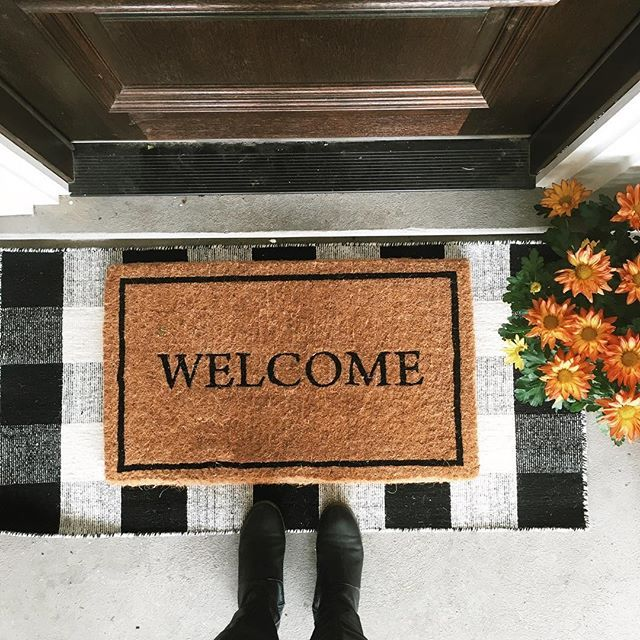 Layered front door mat