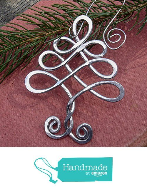 Celtic Knot Christmas Tree Ornament from Nicholas and Felice https://www.amazon.com/dp/B016TV4W2A/ref=hnd_sw_r_pi_dp_7TOoybS8ZPDKY #handmadeatamazon