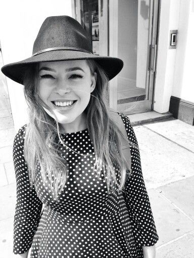 Tanya Burr absolutely adore her