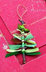 Christmas tree ribbon cool awesome home made hand made diy Christmas crafts