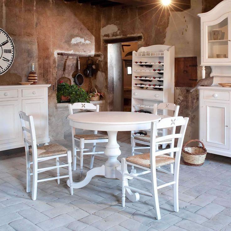Tavolo rotondo in legno CHLOE | Castagnetti 1928 in vendita su ATMOSPHERE - Mobili e arredamento di design