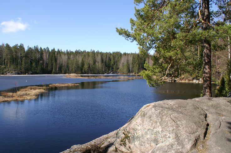 Mustalampi Lake, early spring