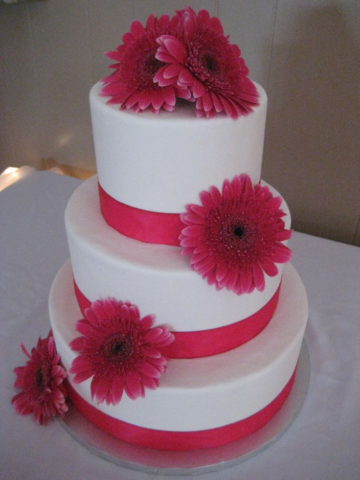 gerbera daisy wedding cakes best 25 gerber daisies ideas on paper 14667