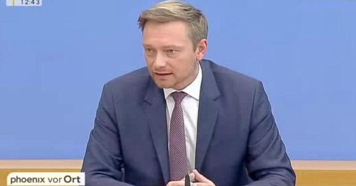 Opposition? Denken und Lenken... Mit eindringlichen Worten äußerte sich FDP-Vorsitzender Christian Lindner auf der Bundespressekonferenz. Der liberale Politiker forderte eine schnellere Entscheidung, wer Zugang zum Arbeitsmarkt erhalte und wer nicht. Außerdem sagte er, dass sich Flüchtlinge anzupassen haben, nicht die Deutschen.