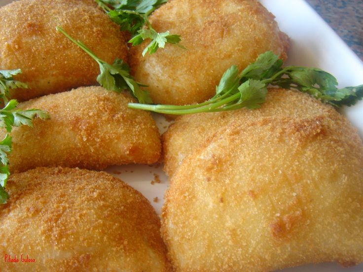 Rissóis de Atum - http://www.receitassimples.pt/rissois-de-atum/